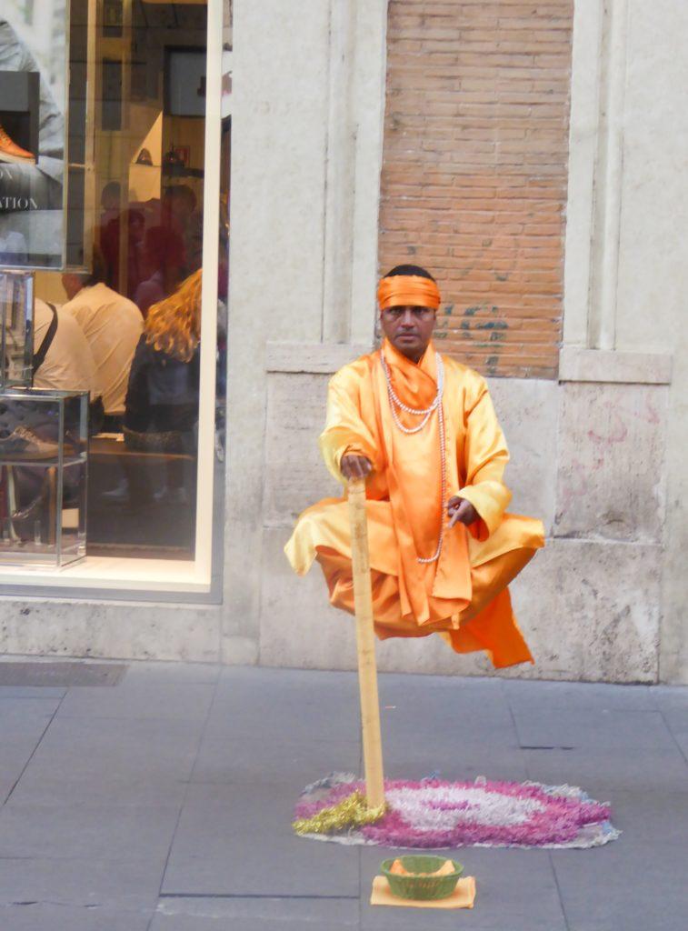 Street Performer Via dei Corso Rome