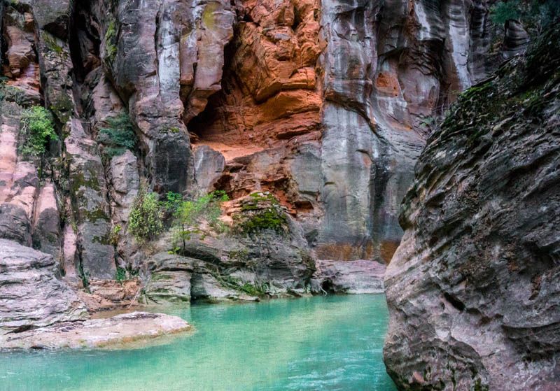 Hiking the Narrows in Zion National Park Utah