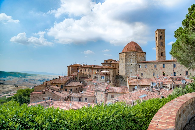 Volterra Italy is a must-visit if you want to experience the best of Tuscany!