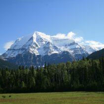 Mount Robson Provincial Park: What to Do on a Day Trip from Jasper!