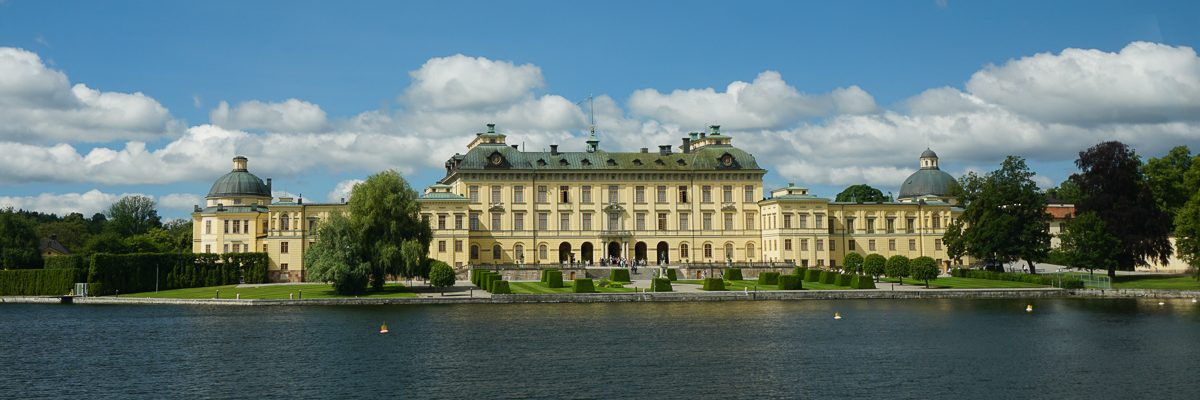 A Guide to Visiting Drottningholm Palace on a Day Trip From Stockholm!