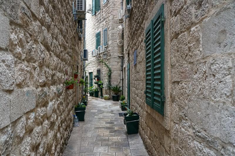 Street in Kotor Stari Grad, Montenegro