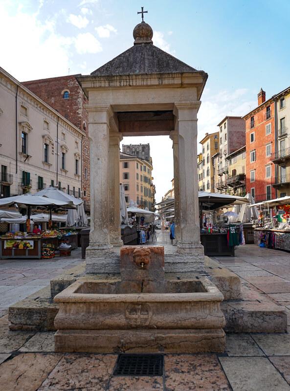 Market at Piazza delle Erbe Verona