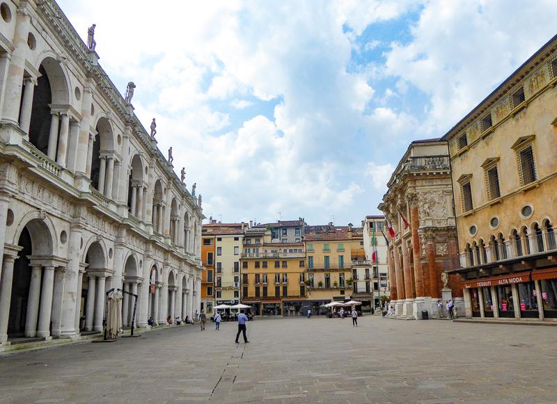 Basilica Palladiana in Piazza dei Signori Vicenza, Italy