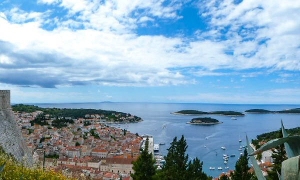 Croatian Coast Itinerary: 12 Amazing Coastal Towns in Croatia You Must Visit!