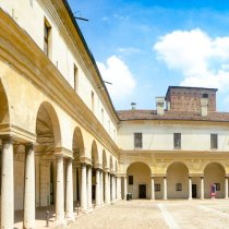 14 Amazing Day Trips from Bologna, Italy