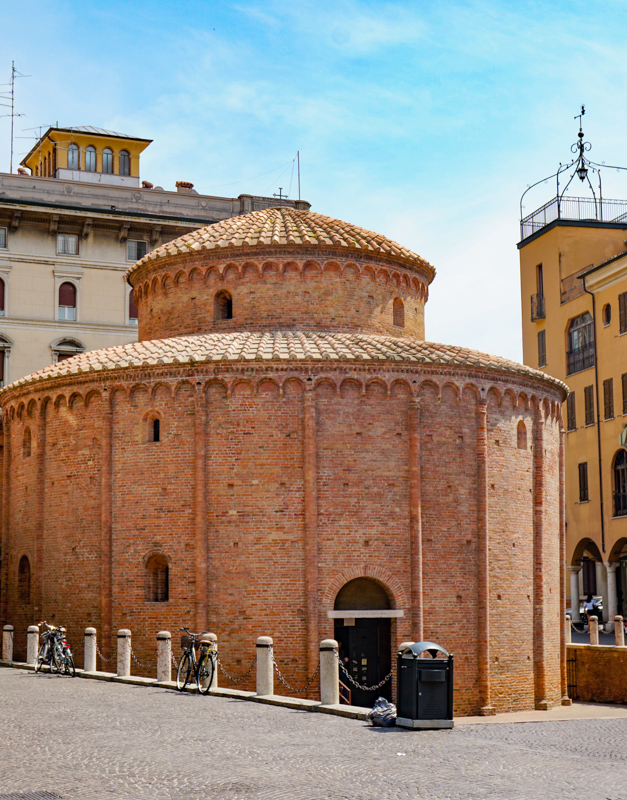Rotonda do San Lorenzo in Mantua Italy