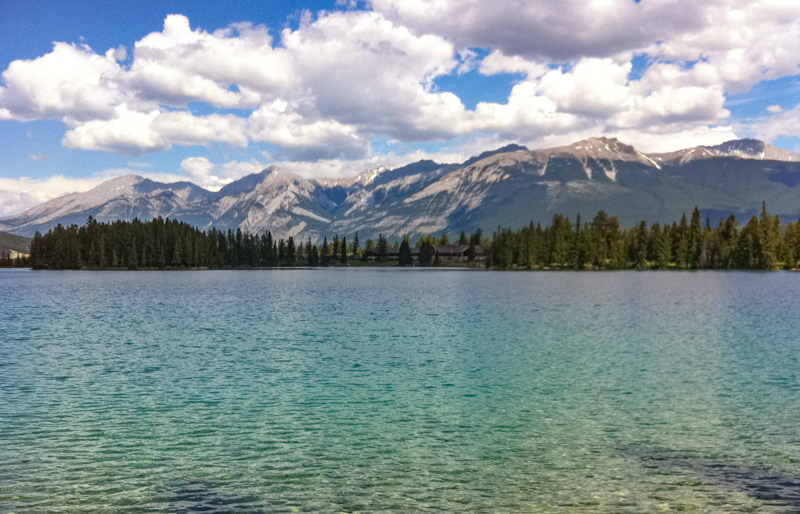 Lac Beauvert Jasper Canada