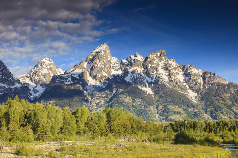 The spectacular peaks of the Grand Tetons in Wyoming
