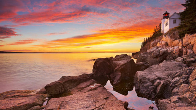 21 Best Places to Visit in New England!