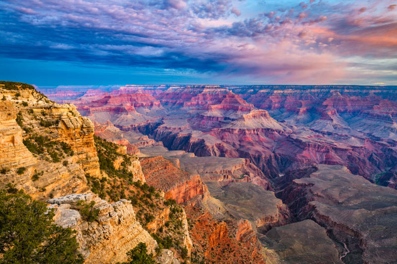 The South Rim of the Grand Canyon offers magnificent panoramas.
